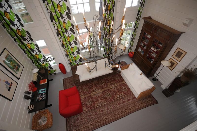 Photo int rieur d une maison moderne en bois finlandaise - Maison interieur bois moderne ...
