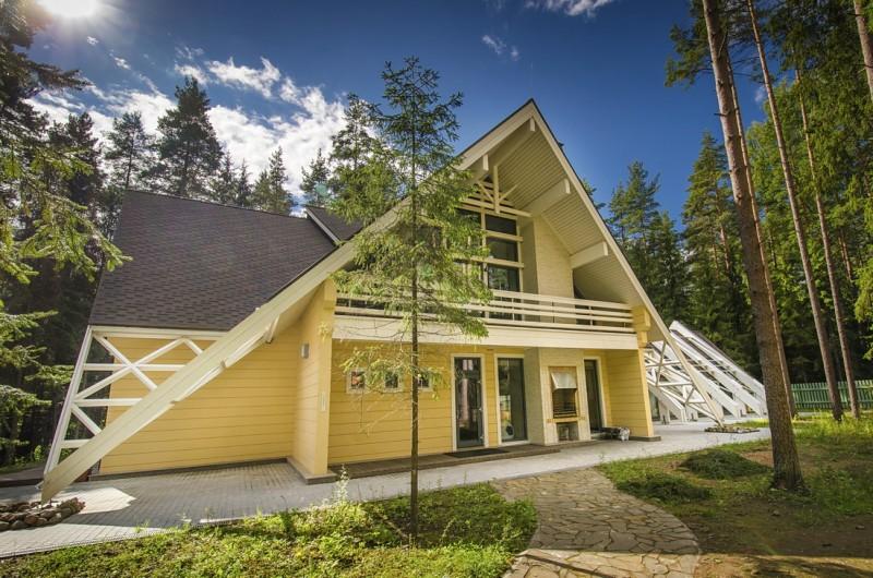 Foto model hope modern houten huis uit finland fins houten huis - Foto modern huis ...
