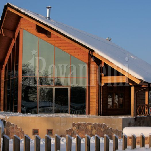 Flagship –Sea-inspired Finnish wooden house by Rovaniemi Log House
