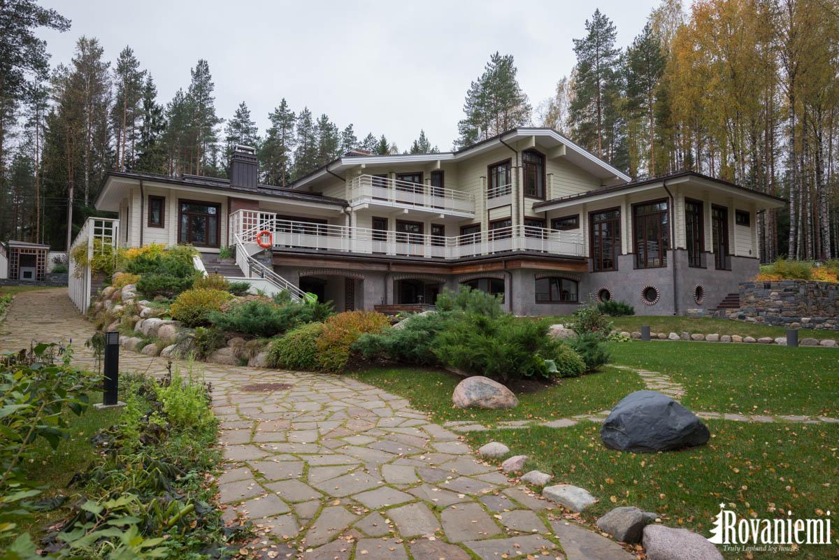 Gorki –Luxurious wooden mansion by Rovaniemi log house