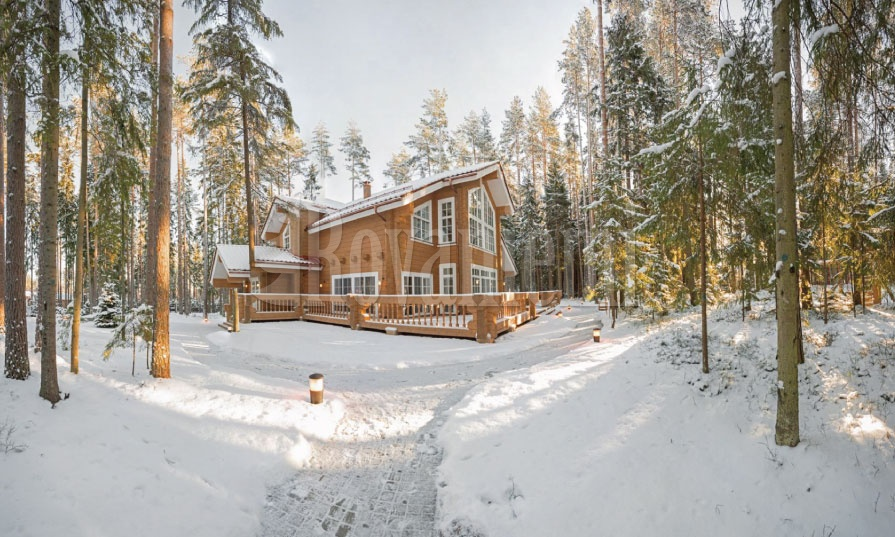 Helios – Luxurious modern wooden cottage by Rovaniemi Log House