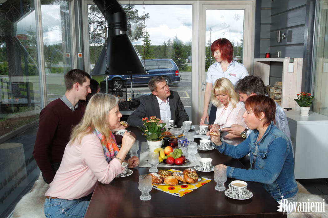 Kitchen in Rovaniemi Log house Kieppi head office.