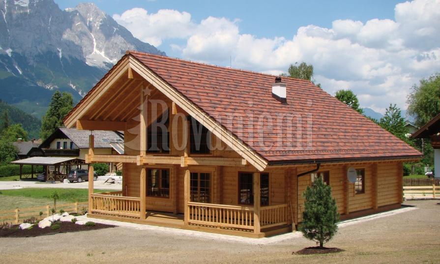 Triebental wooden cottage by Rovaniemi Log House