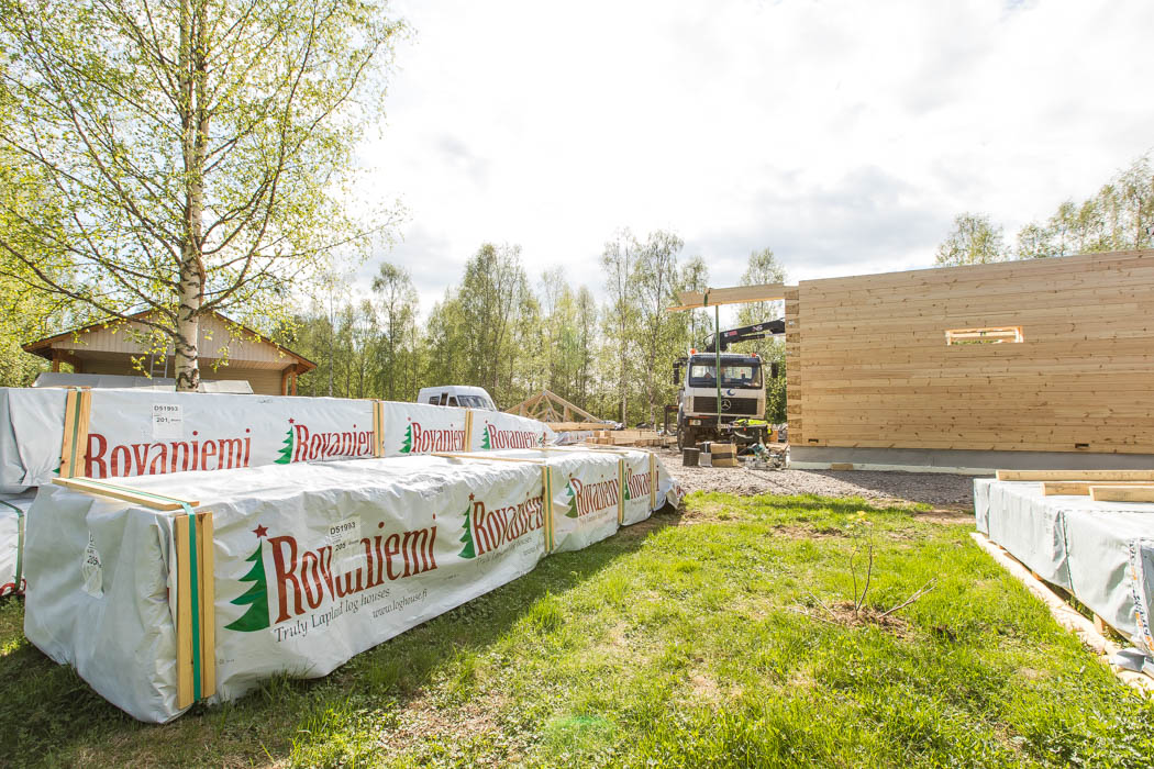 Rovaniemi Log House offers professional log house construction team at your service, or detailed instruction set for do-it-yourself assembly.