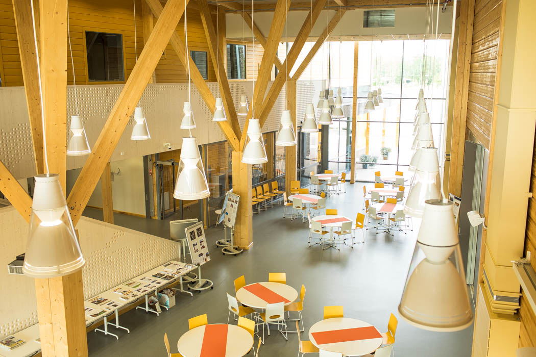 Pudasjärvi Log Campus – Second floor of the lobby.