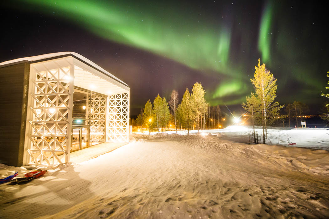 Arctic TreeHouse Hotel, Rakas restaurant under the Auroras.