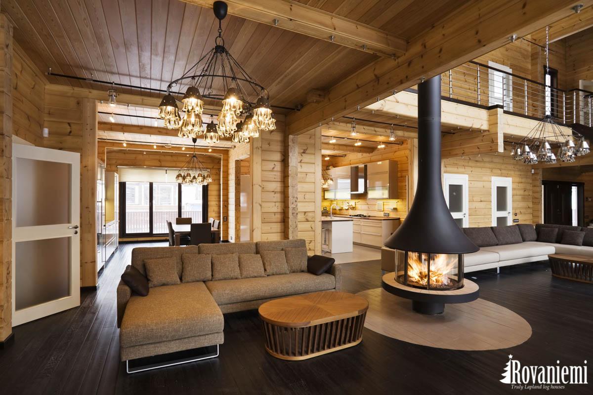 Lujo madera casa interior Finlandia.