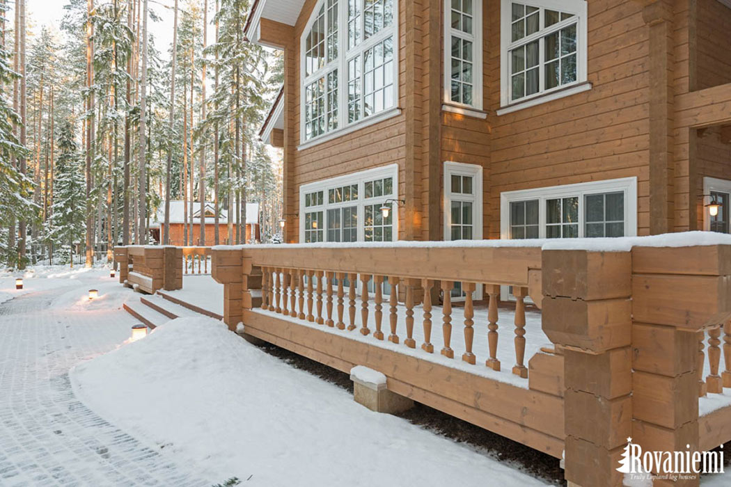Helios wooden house with long corner by Rovaniemi Log House