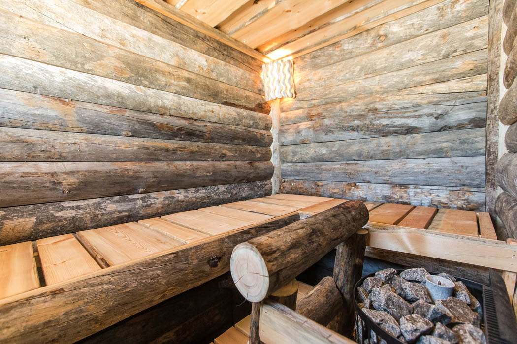 Rovaniemi Log House in Oulu, Finland – Old Log Sauna