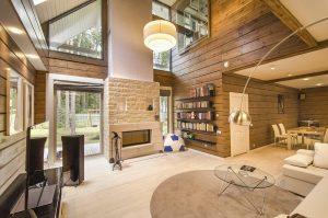 Design d'interieur d'une maison en bois moderne du style finlandais en madriers contrecollés