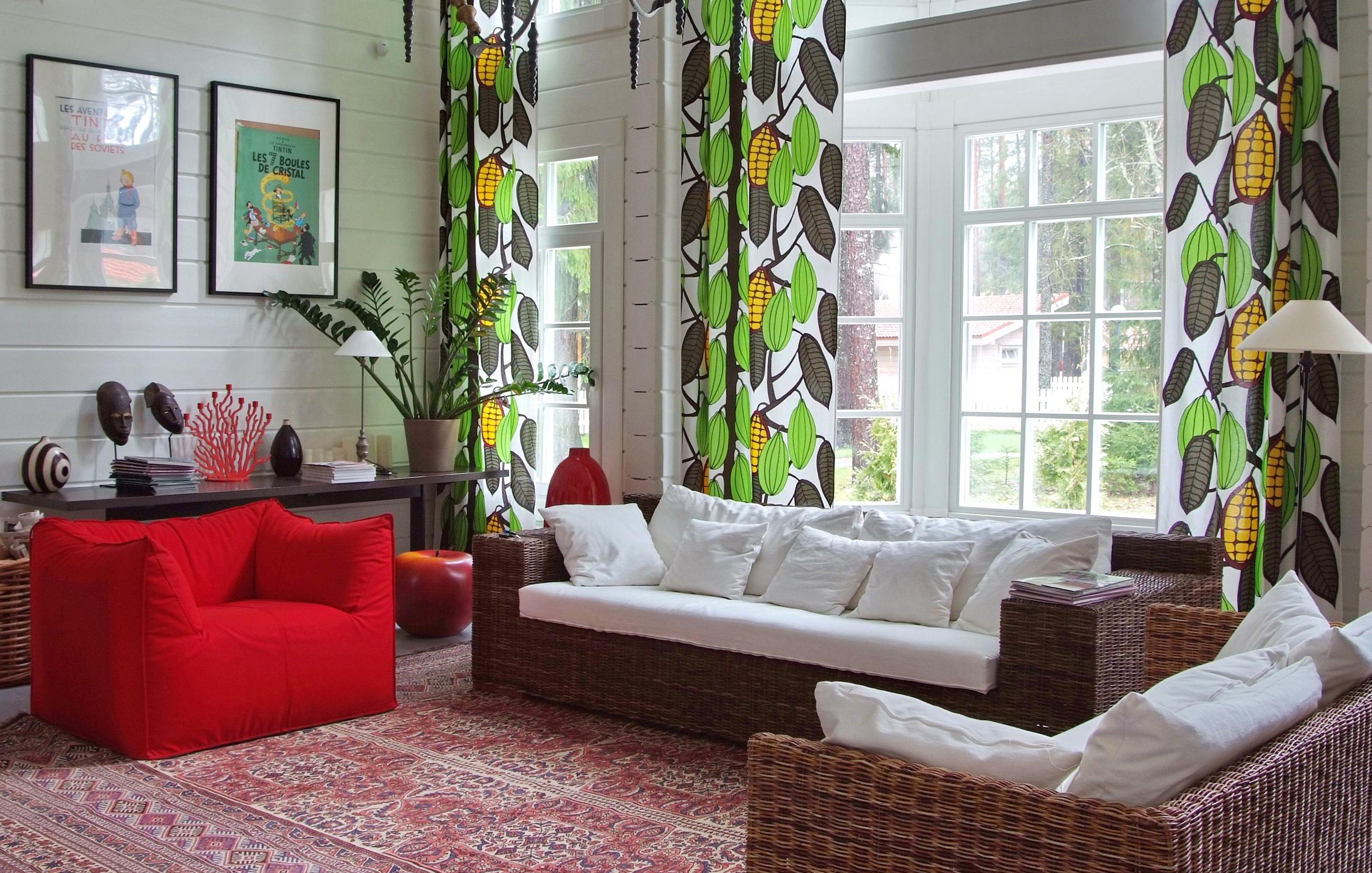 l 39 int rieure d 39 une maison en bois du style et du design scandinave en madriers contrecoll s par. Black Bedroom Furniture Sets. Home Design Ideas