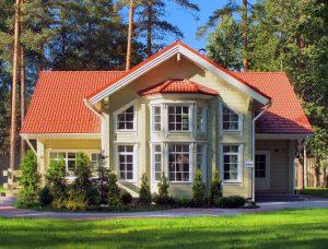 Maison en bois scandinave en madriers contrecollés