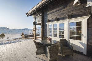 Beauty of log home living: Aito log house in Norway